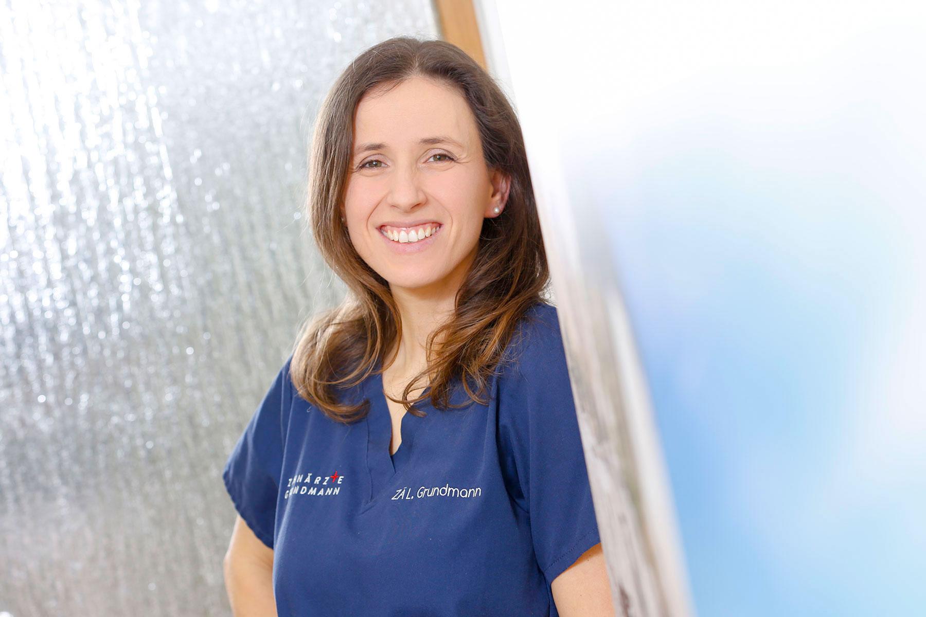Zahnarztpraxis Grundmann - Zahnärztin Grundmann